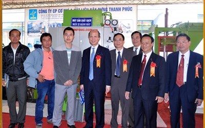Mr. Tran Duy Phuc and partners